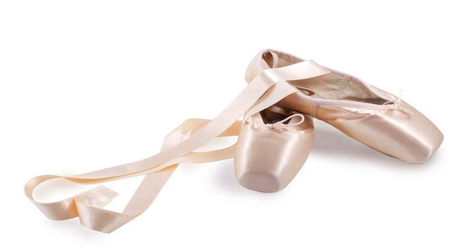 professional-outfit-pointe-shoes